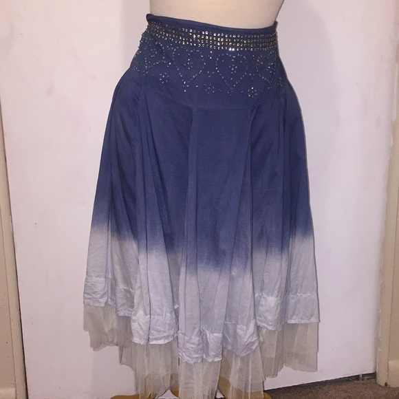 Candie's Dresses & Skirts - Candies Blue Ombré Tiered Skirt 🐝 Size Large